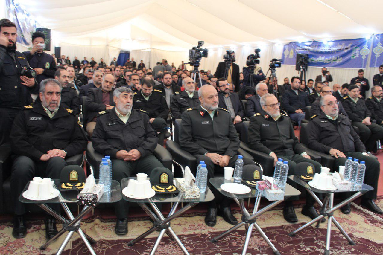افتتاح و بهره برداری از ۱۸۸۷ واحد مسکونی کارکنان با حضور فرمانده ناجا